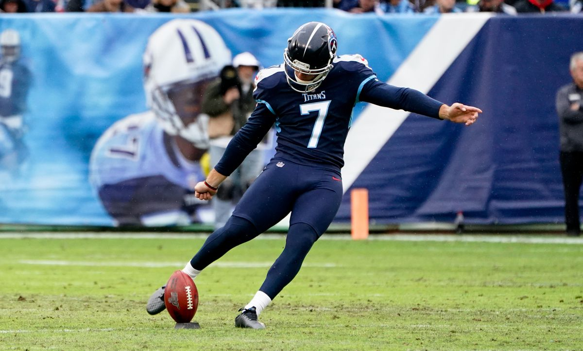NFL: New Orleans Saints at Tennessee Titans