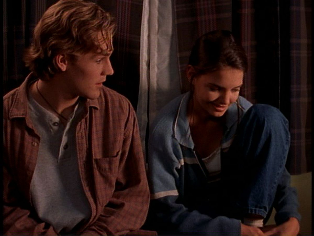 20 years ago, Dawson's Creek introduced a love triangle ...