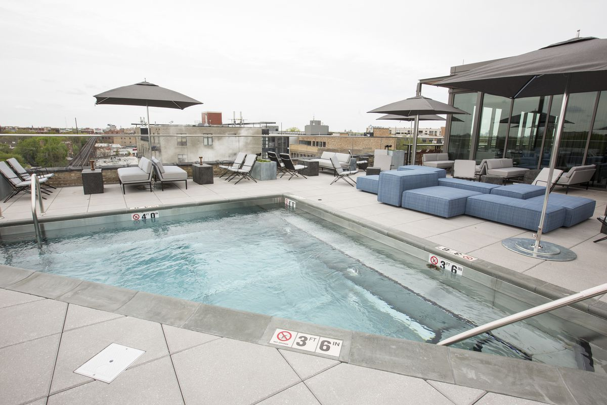 Wicker park now has a rooftop bar with a pool eater chicago - Washington park swimming pool milwaukee ...