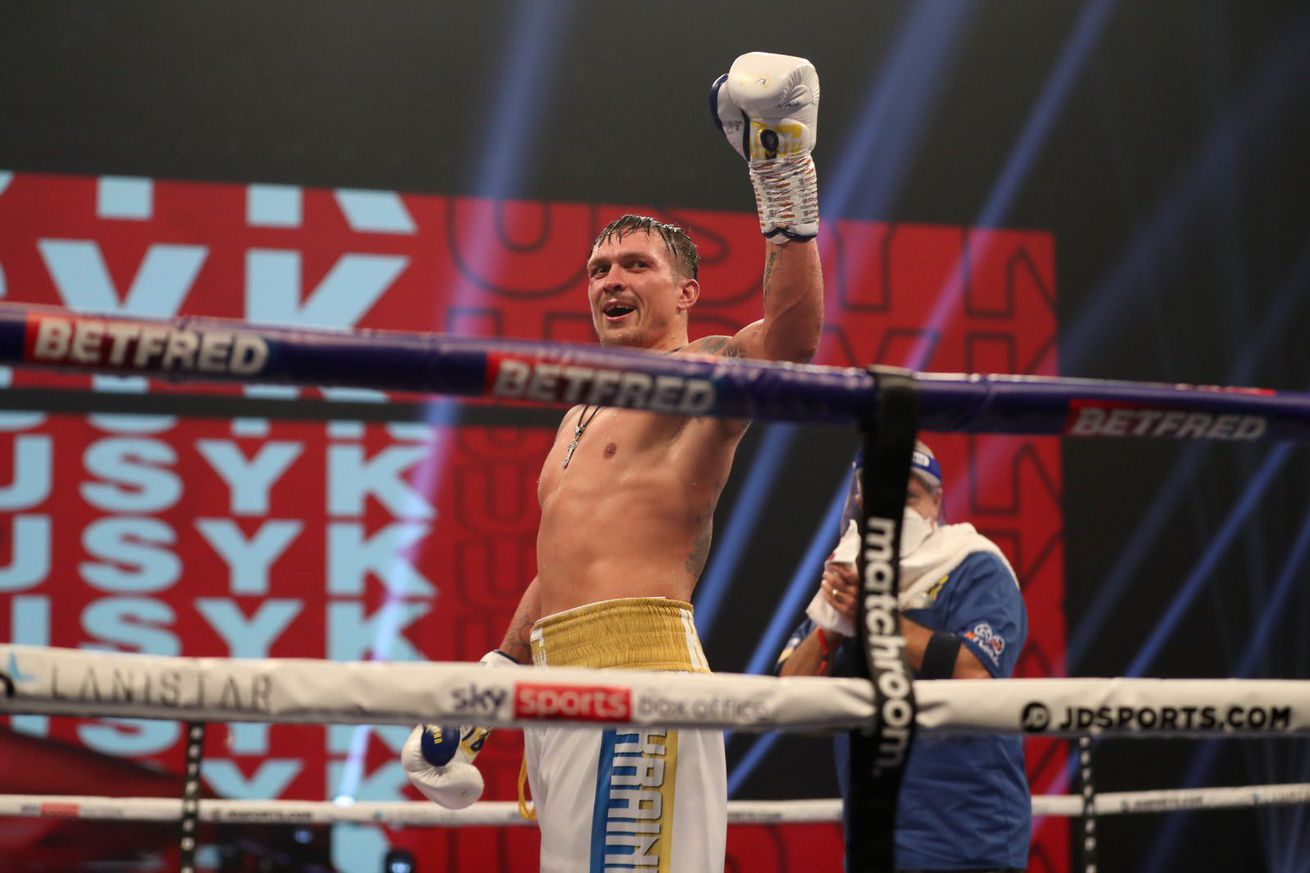 ElsmfY WkAAZtQk.0 - Pros react to Usyk's win over Chisora