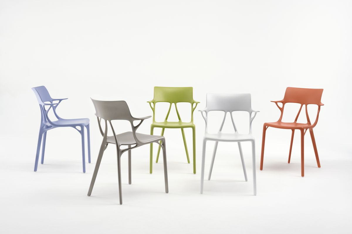 Design Stoelen Philippe Starck.Philippe Starck S Ai Chair For Kartell Unveiled In Milan Curbed