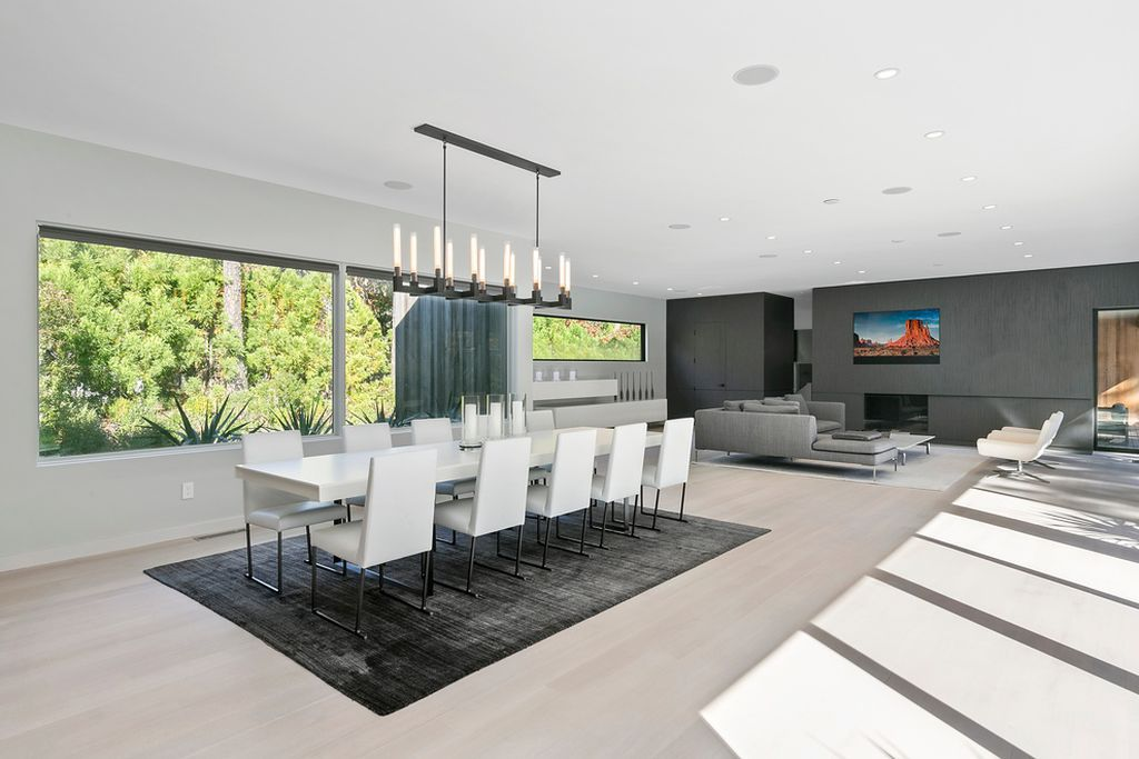 Rent this sleek new modern in East Hampton for the summer