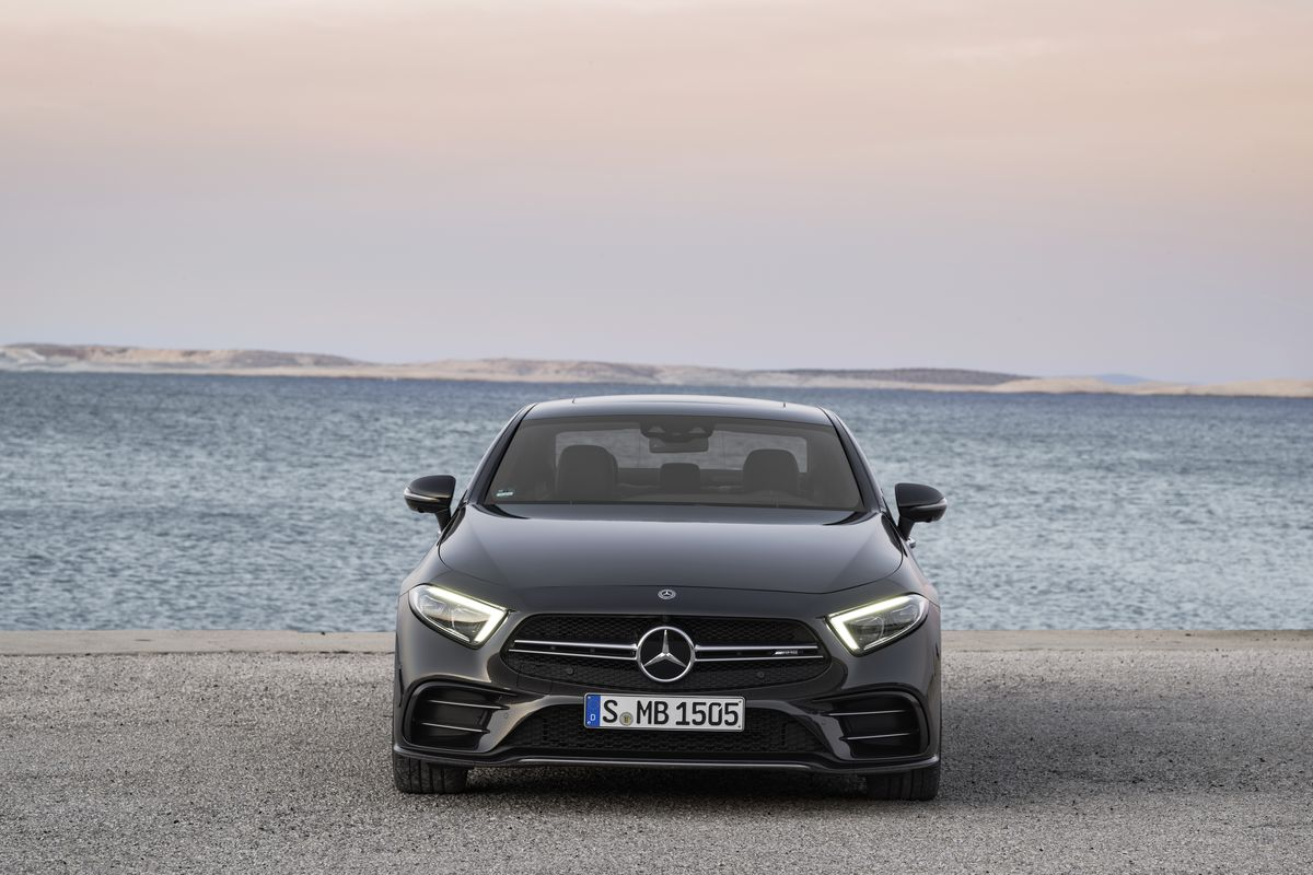 2019 G Wagen >> The 2019 Mercedes E-class gets the electric boost it needs - The Verge