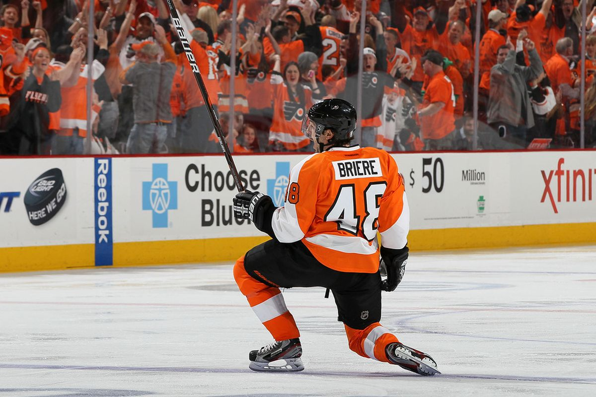 Danny Briere proposes marriage to Philadelphia. The ceremony should be lovely.