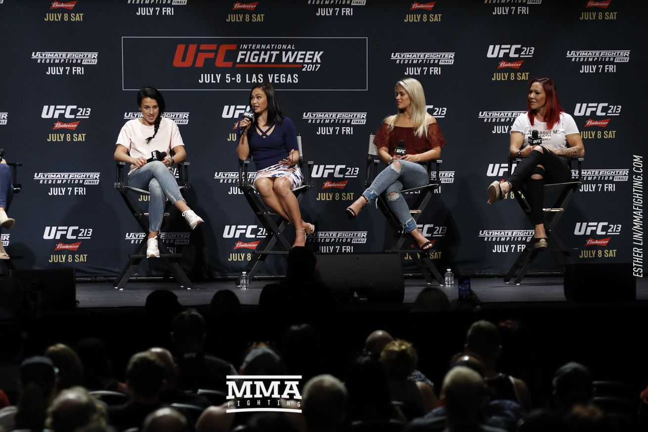 community news, Women of UFC panel with Cris Cyborg, Paige VanZant, Michelle Waterson and Joanna Jedrzejczyk