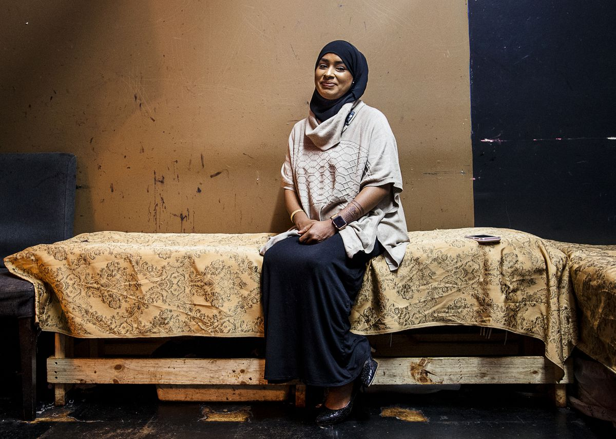 Keeping Henna Alive at the Somali Mall - Racked