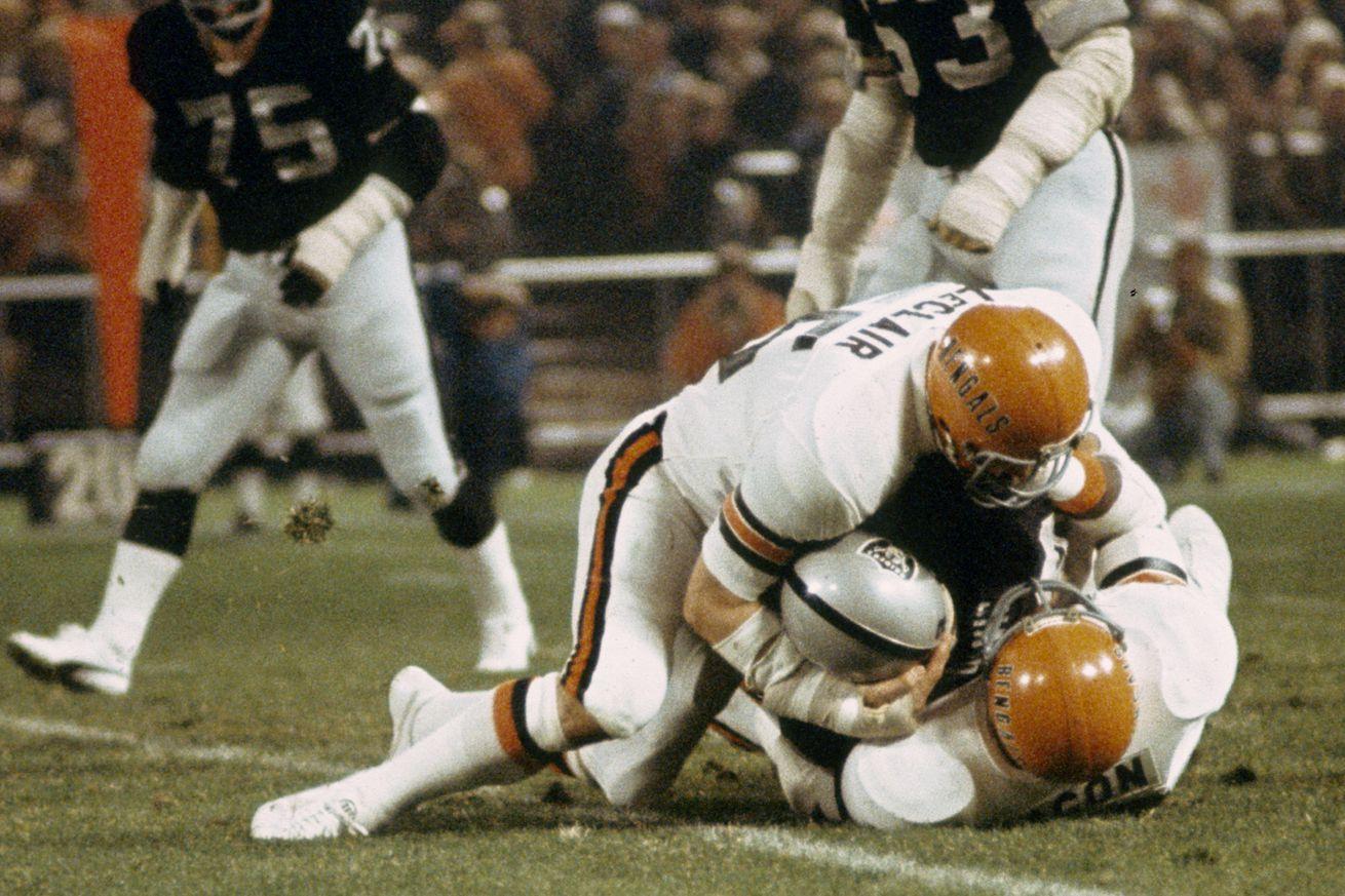 Cincinnati Bengals vs Oakland Raiders - December 6, 1976