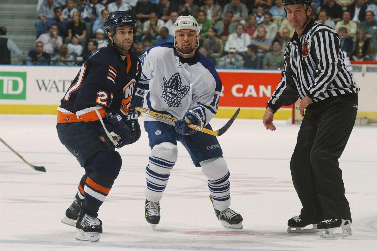Islanders v Maple Leafs X