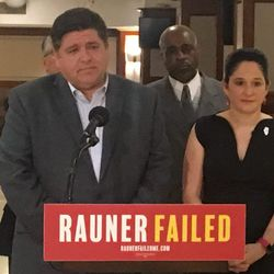 Democratic gubernatorial candidate J.B. Pritzker and Illinois Comptroller Susana Mendoza demanded an apology from Gov. Bruce Rauner and his policy chief over an email seeking to blame U.S. Sen. Tammy Duckworth for a deadly Legionnaires' outbreak in Quincy.   Tina Sfondeles/Sun-Times