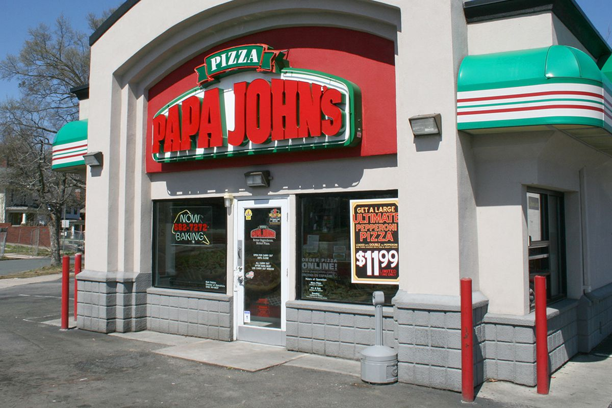 Papa John's ousted chairman, John Schnatter, held talks to merge the pizza company with Wendy's Co. the WSJ reports.