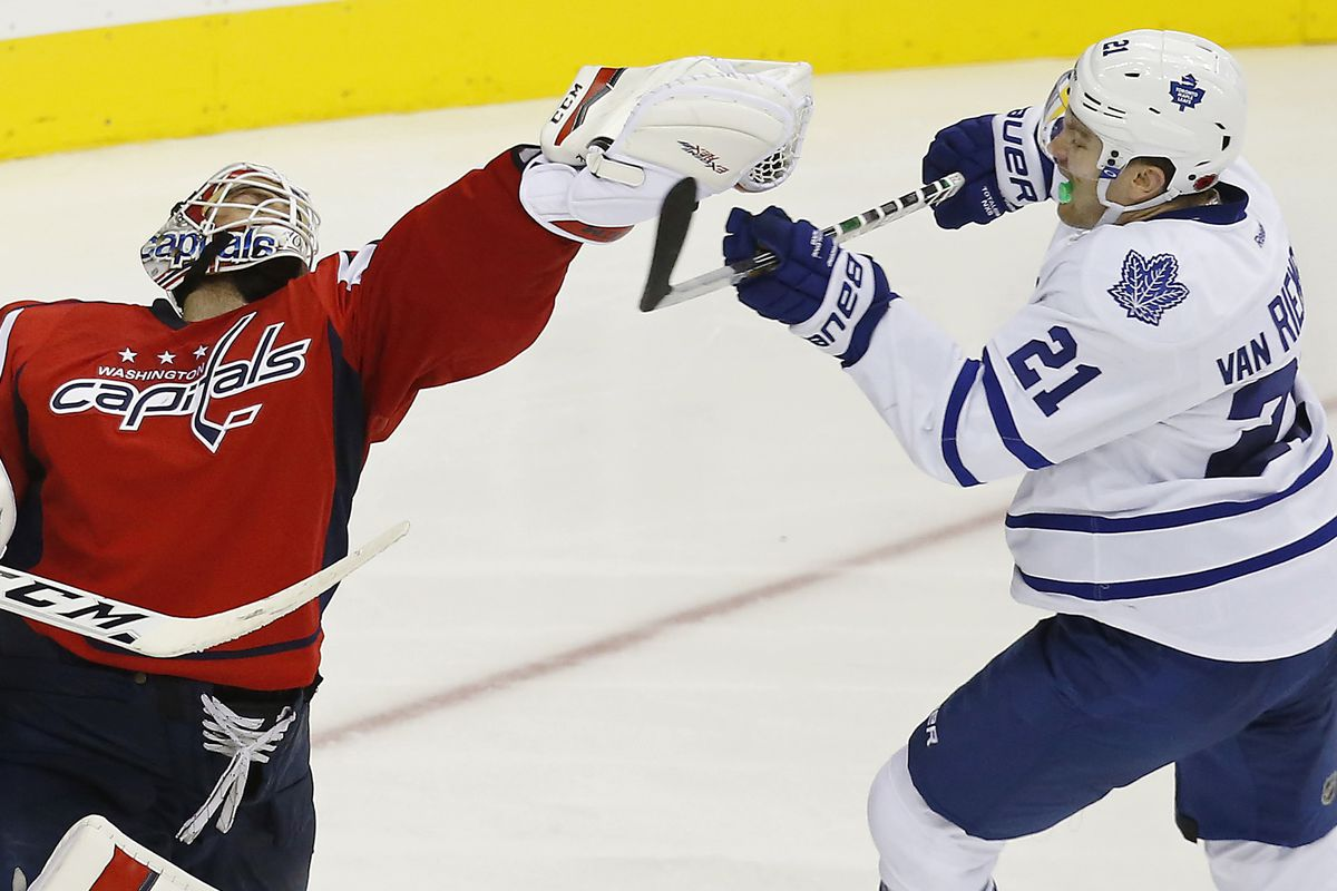 Holtby faints; overwhelmed by JvR's good looks.