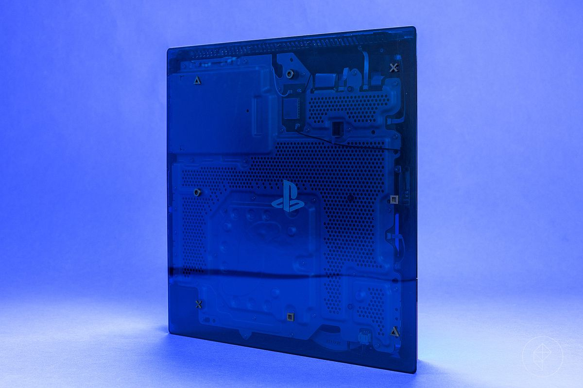 500 Million Limited Edition PS4 Pro - console in vertical orientation, seen from the underside