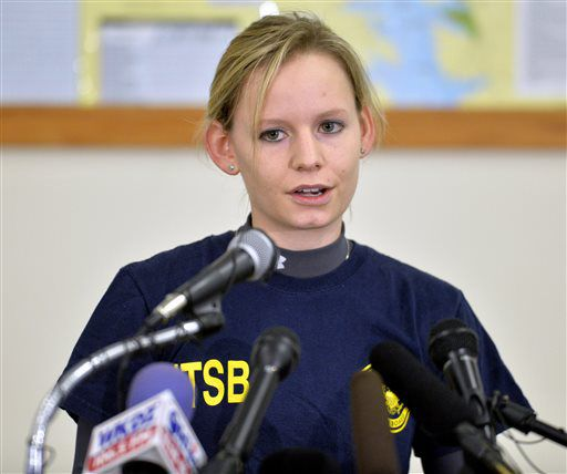 <small><strong>Heidi Moats, an air safety investigator with the National Transportation Safety Board, answers questions during a news conference Sunday in Eddyville, Kentucky. A 7-year-old girl was the only survivor when the plane crashed Friday night. |