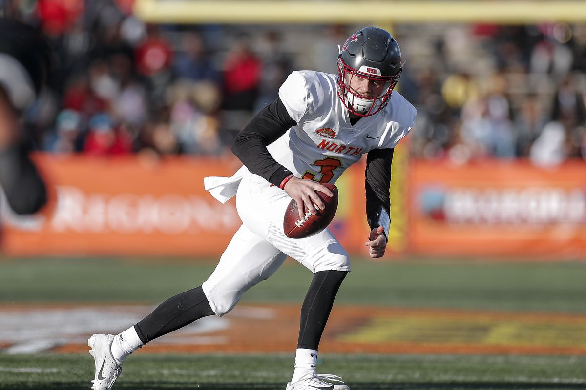 Quarterback Anthony Gordon from Washington State of the North Team rolls out for a pass play during the 2020 Resse's Senior Bowl at Ladd-Peebles Stadium on January 25, 2020 in Mobile, Alabama.
