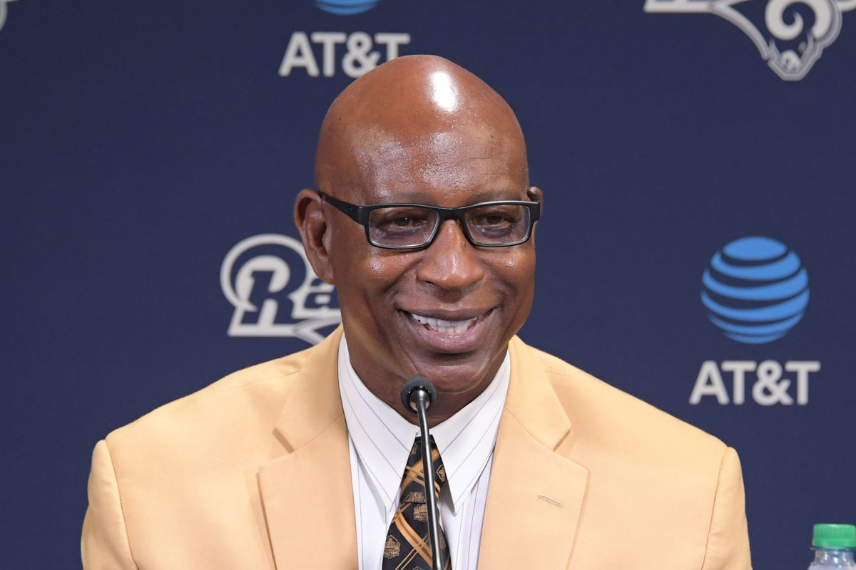 NFL: Eric Dickerson Press Conference