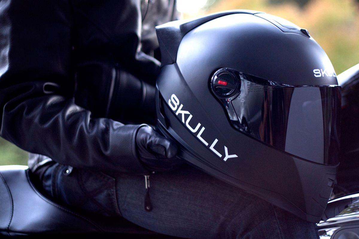 "Photo via <a href=""http://www.skullyhelmets.com/"">Skully Helmet</a>"