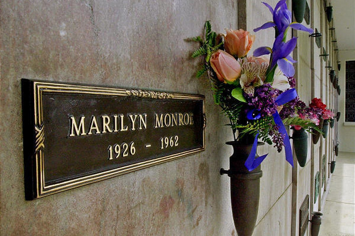 A bouquet of fresh flowers adorns the crypt of movie star Marilyn Monroe at Westwood Village Memorial Park Cemetery in Los Angeles' Westwood District.