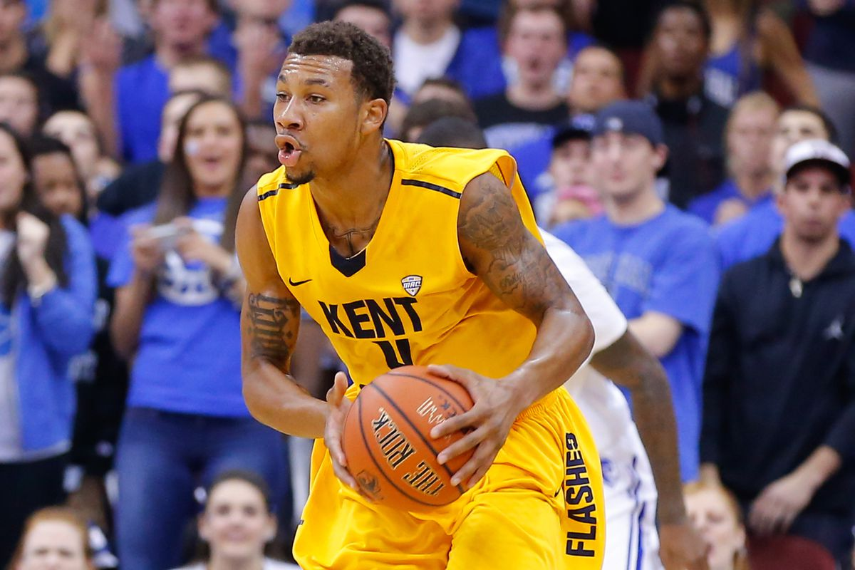 Devareaux Manley led the Flashes off the bench with 17 points.
