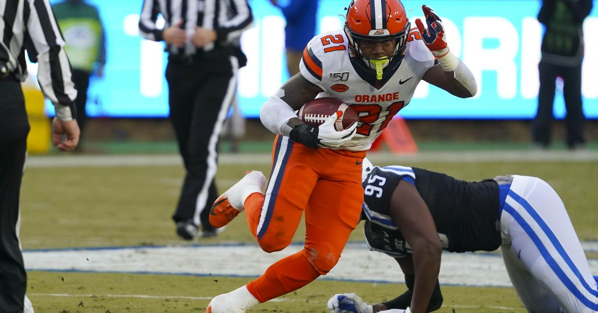 GIF recap: Syracuse Orange football crushes Duke - Troy Nunes is an Absolute Magician
