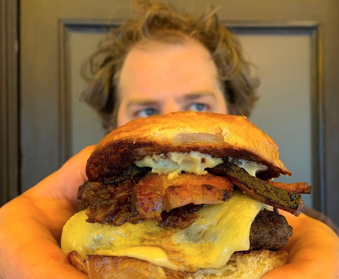 VR burger and frites