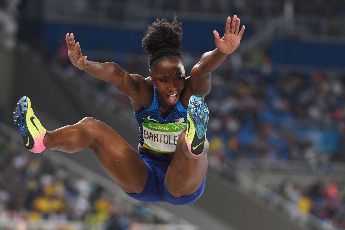 Rio 2016: Tianna Bartoletta wins gold medal in women's long jump - SBNation.com