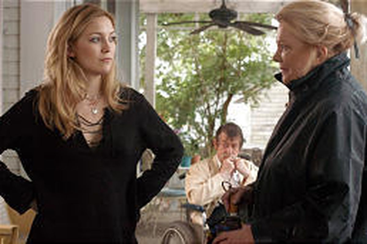 """Kate Hudson, left, uncovers a dark secret working for Gena Rowlands and John Hurt in """"The Skeleton Key."""""""