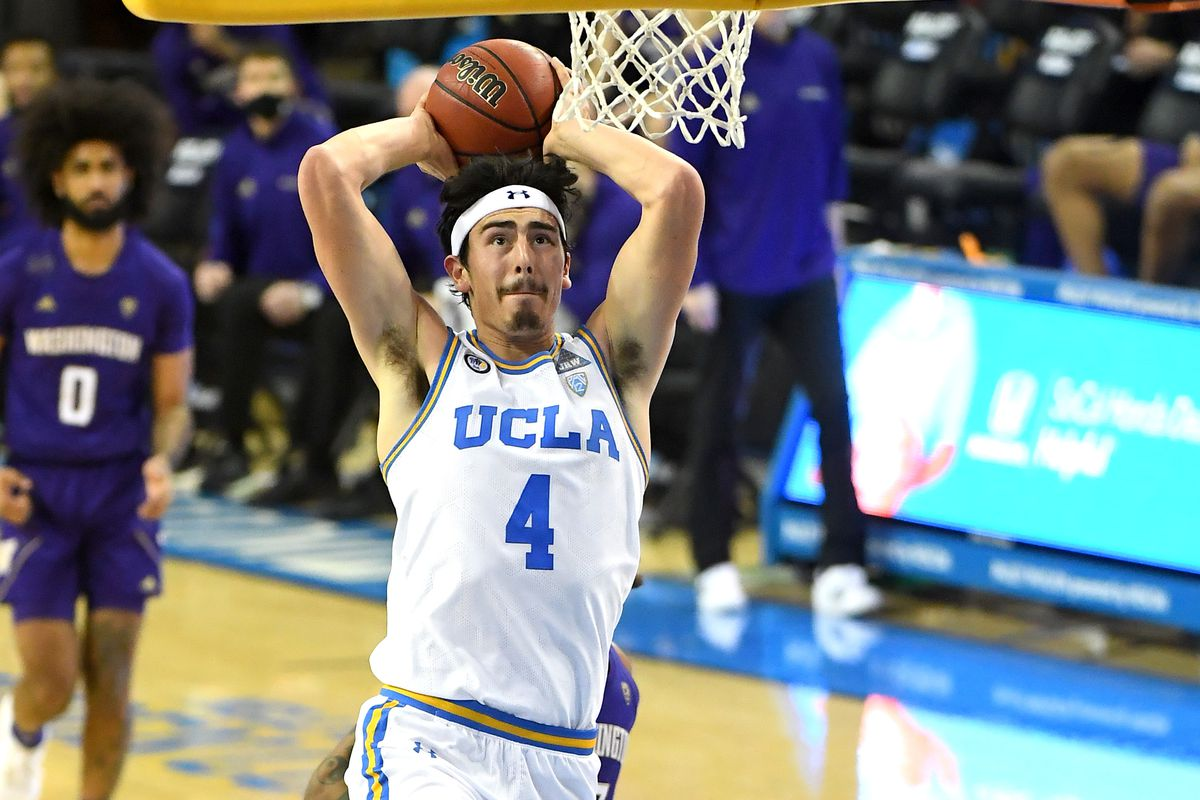 Jaime Jaquez Jr. of the UCLA Bruins goes up for a dunk in the second half of the game against the Washington Huskies at Pauley Pavilion on January 16, 2021 in Los Angeles, California.