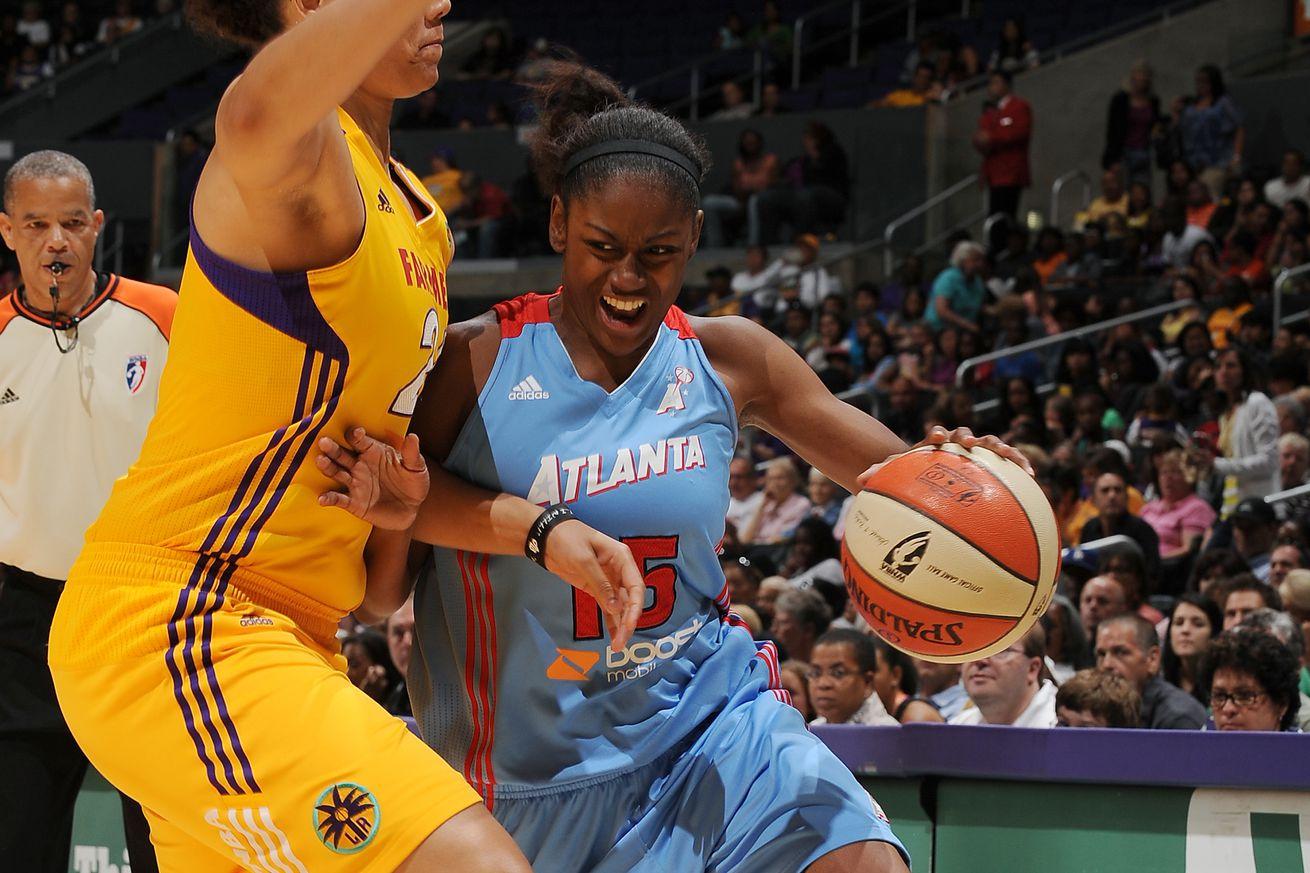 Atlanta Dream v Los Angeles Sparks