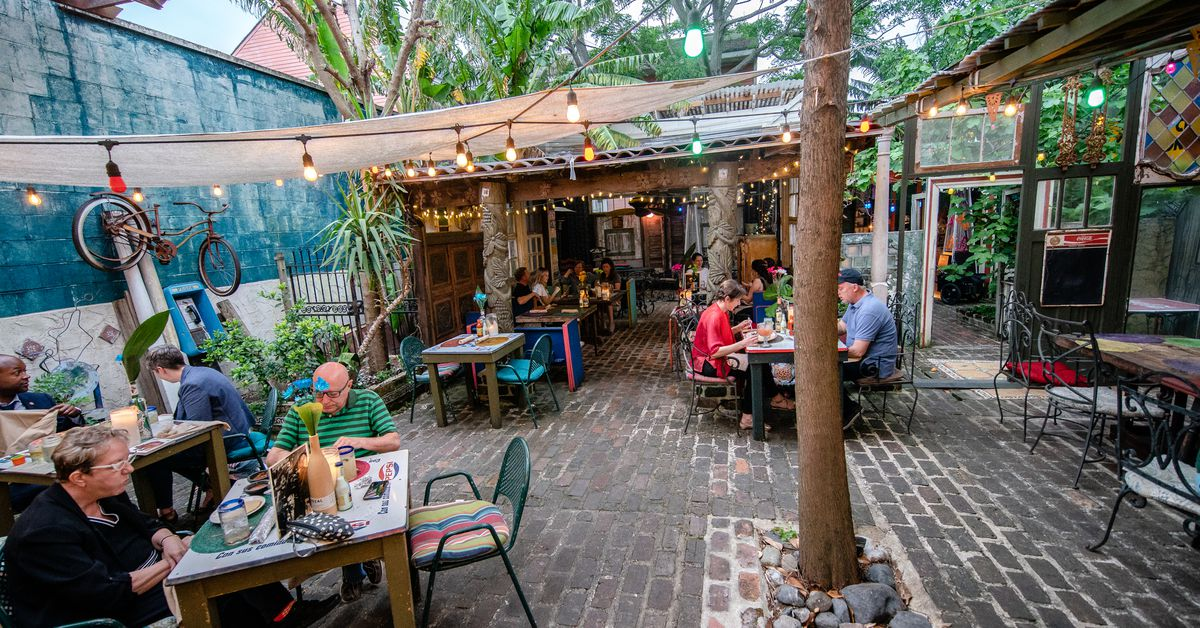 The Best Restaurants For Outdoor Dining In New Orleans Eater New Orleans