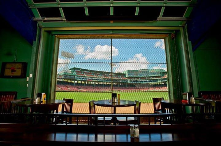 What To Eat In And Around Fenway Park Home Of The Boston Red Sox