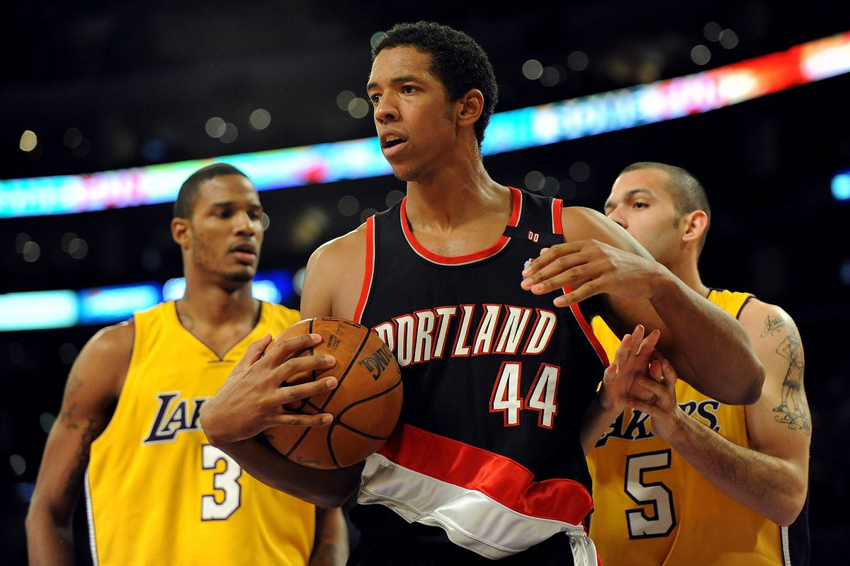 Former Trail Blazers Center Channing Frye Hints at Retirement