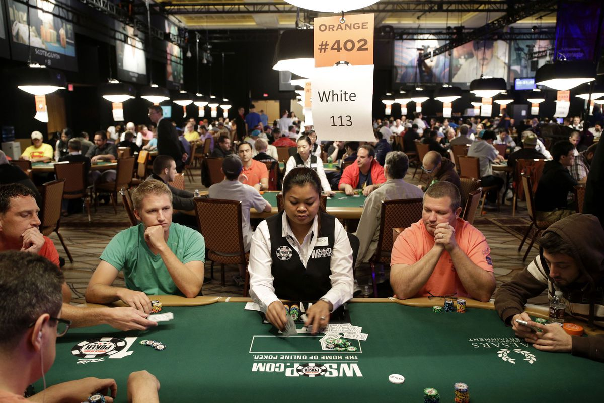 Players at the 2014 WSOP (APImages)