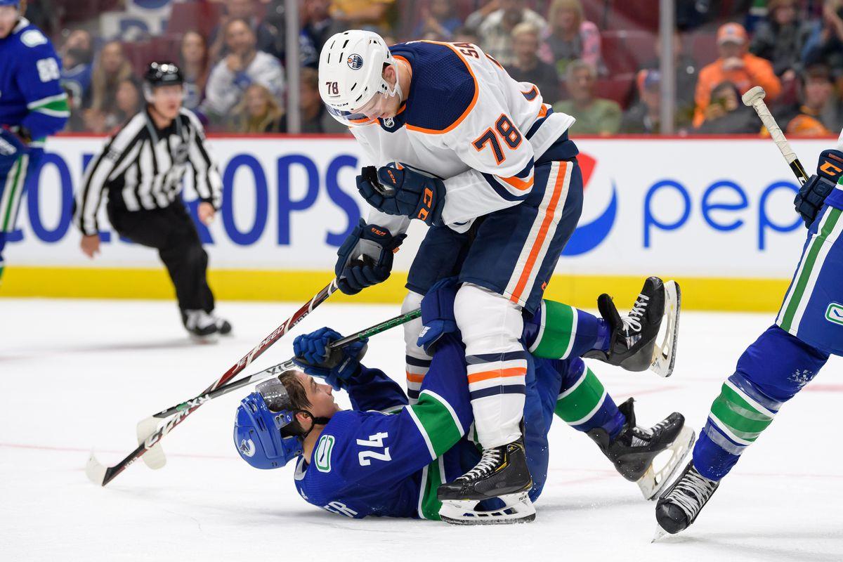 NHL: SEP 17 Preseason - Oilers at Canucks