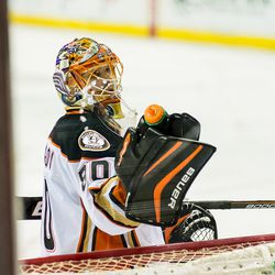 Bryzgalov Squeezes Water Bottle
