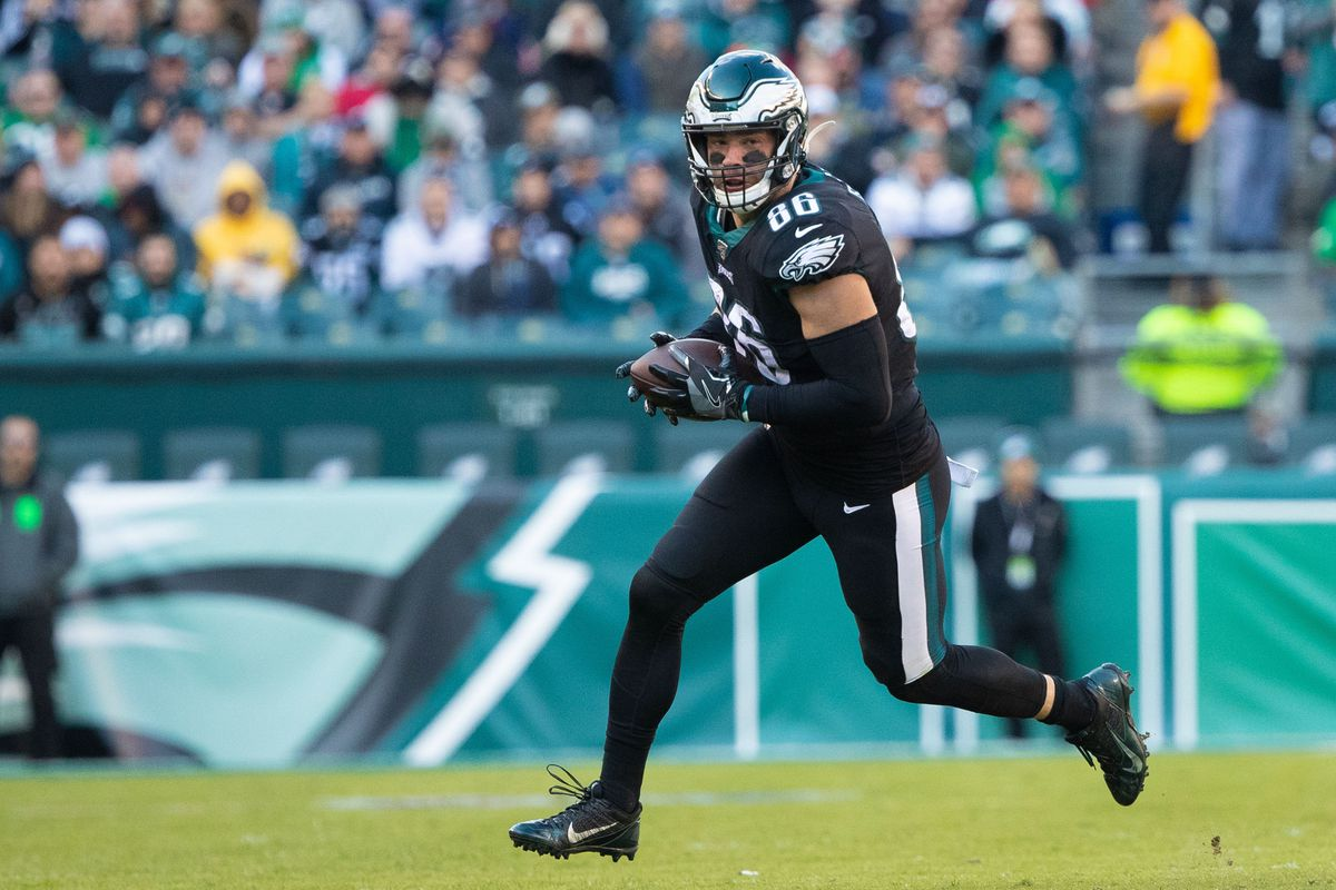 Philadelphia Eagles tight end Zach Ertz in action against the Chicago Bears at Lincoln Financial Field.
