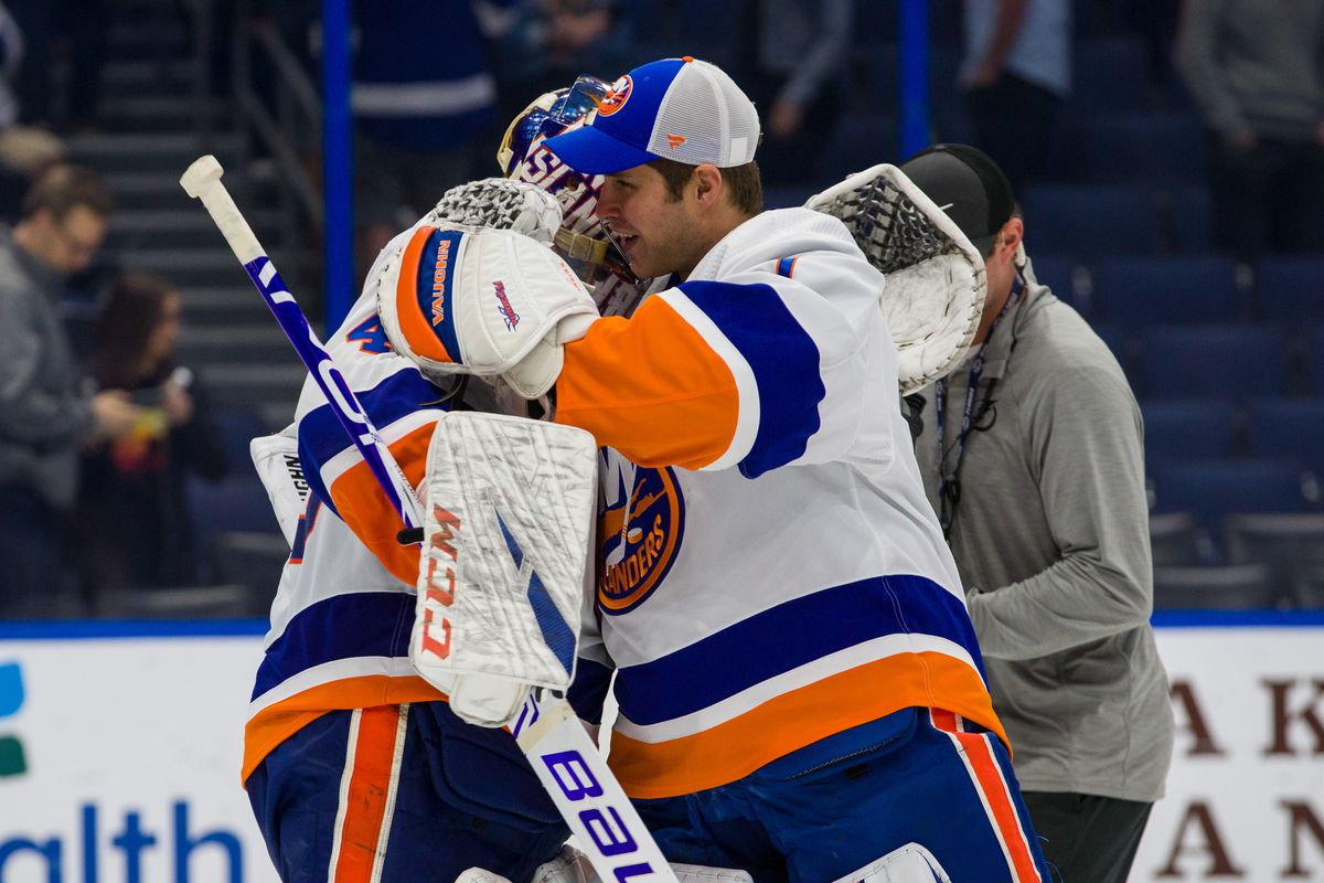 New York Islanders Enter Bubble With A Decision In Net Lighthouse Hockey