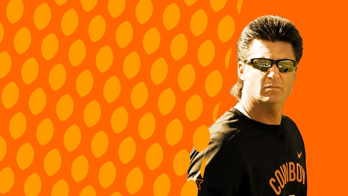 Mike Gundy T Boone Pickens And Building Oklahoma State Football Sbnation Com