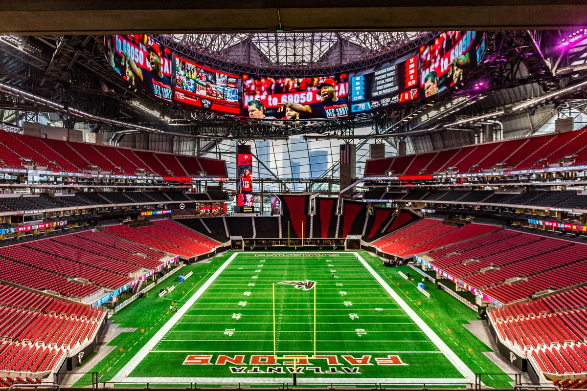 Where to eat at mercedes benz stadium home of the atlanta for Mercedes benz stadium layout