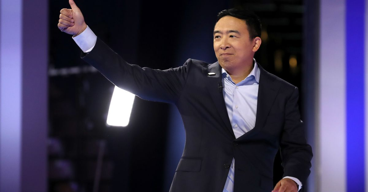 Democratic debate: Andrew Yang to give 10 people $1,000month for a year