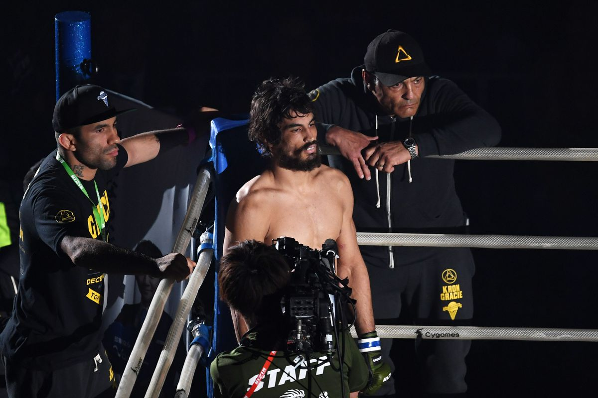 Kron Gracie continues to dominate with BJJ - Bloody Elbow