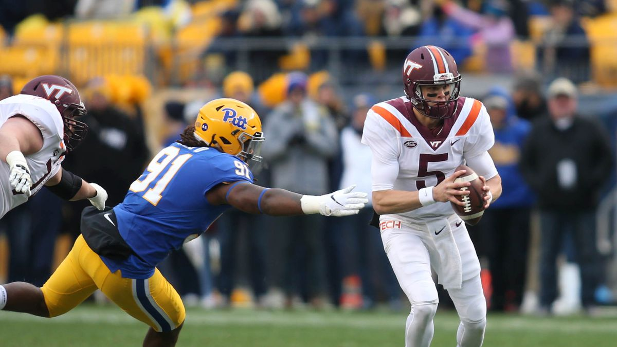 NCAA Football: Virginia Tech at Pittsburgh