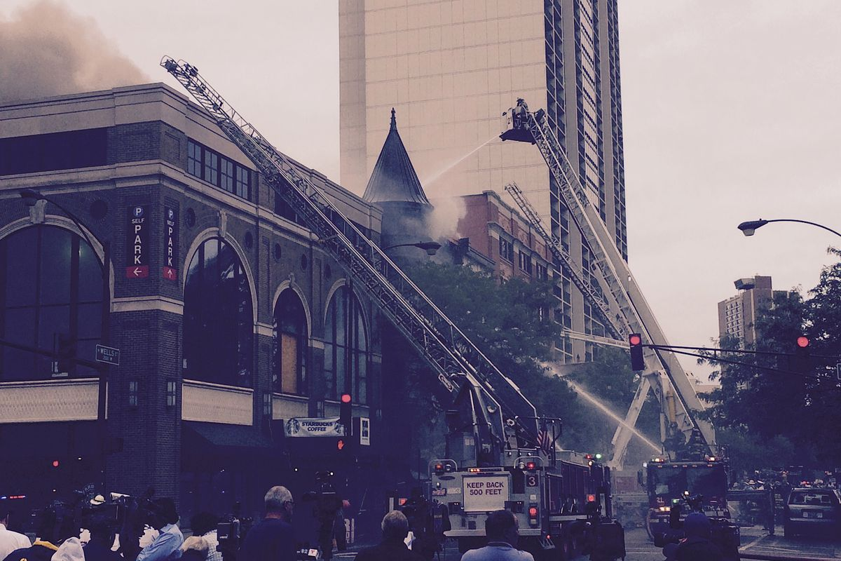 Fire at North and Wells