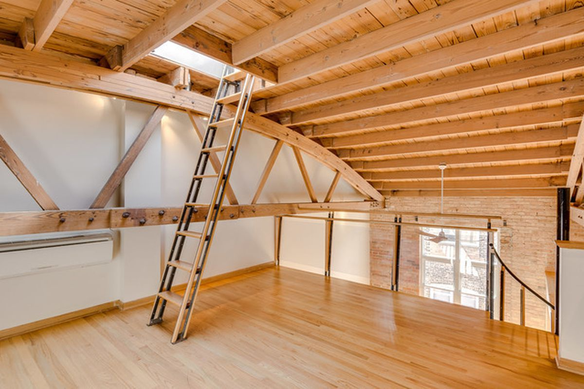 Bow truss condo in converted chicago pasta factory lists for Truss lofts