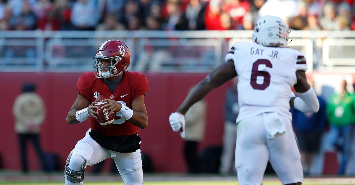 Tua Tagovailoa leaves the game after Mississippi State