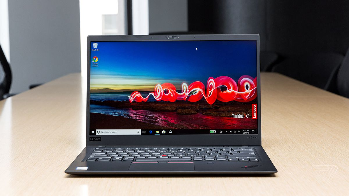 Lenovo ThinkPad X1 Carbon (2018) review: business in the front
