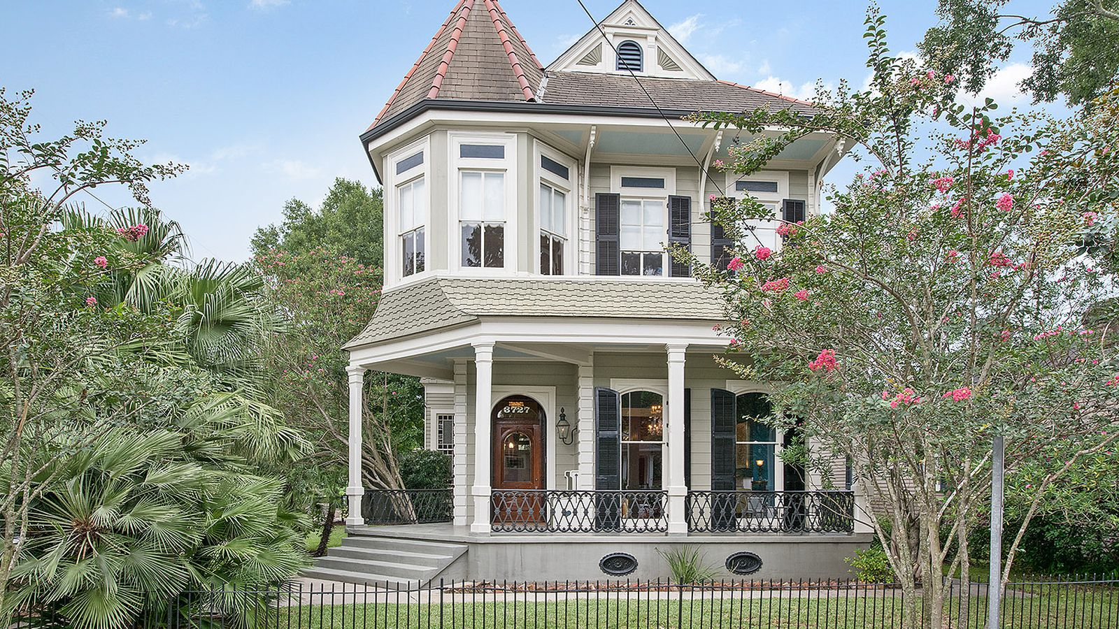 For you can buy this stately touro victorian home for New victorian homes
