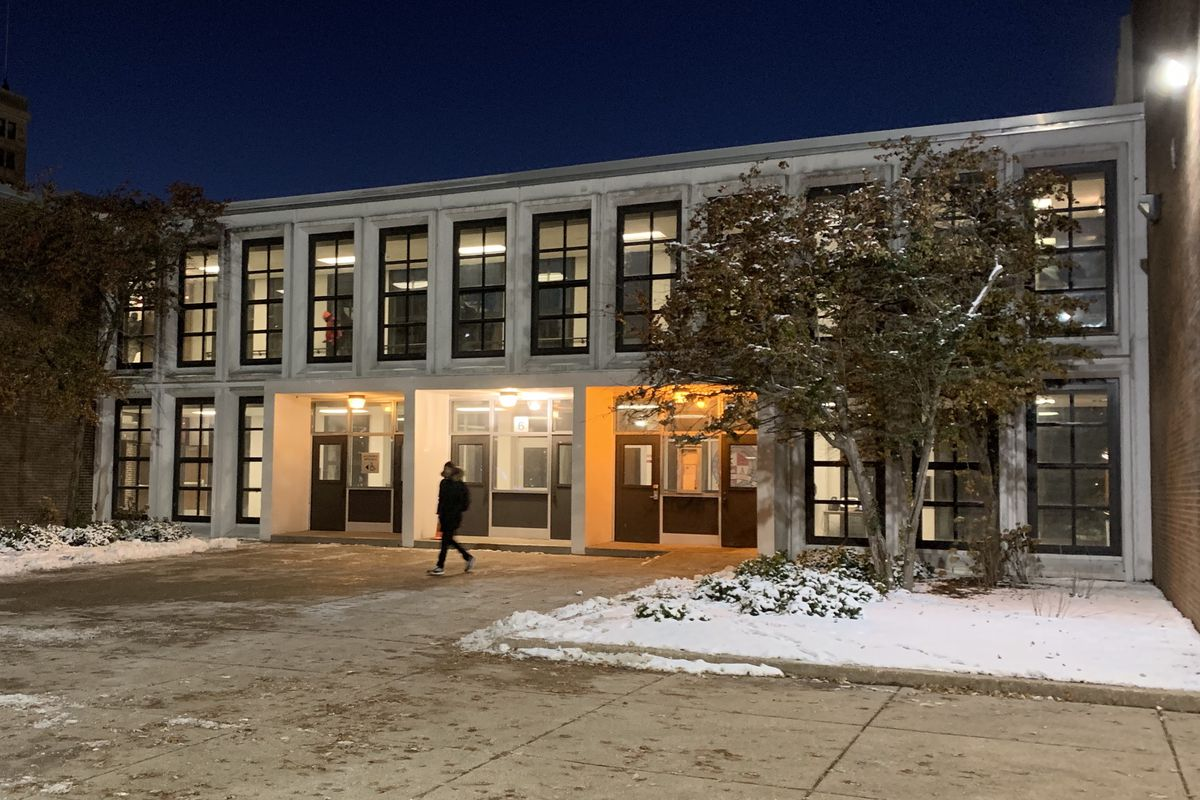 Kenwood Academy heat restored after outage during record cold in Chicago