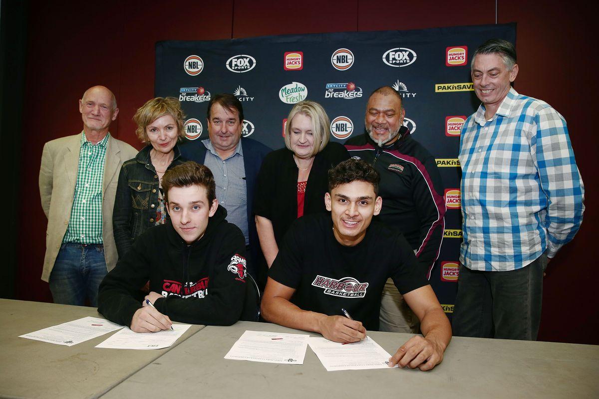NBL Rd 6 - New Zealand v Perth