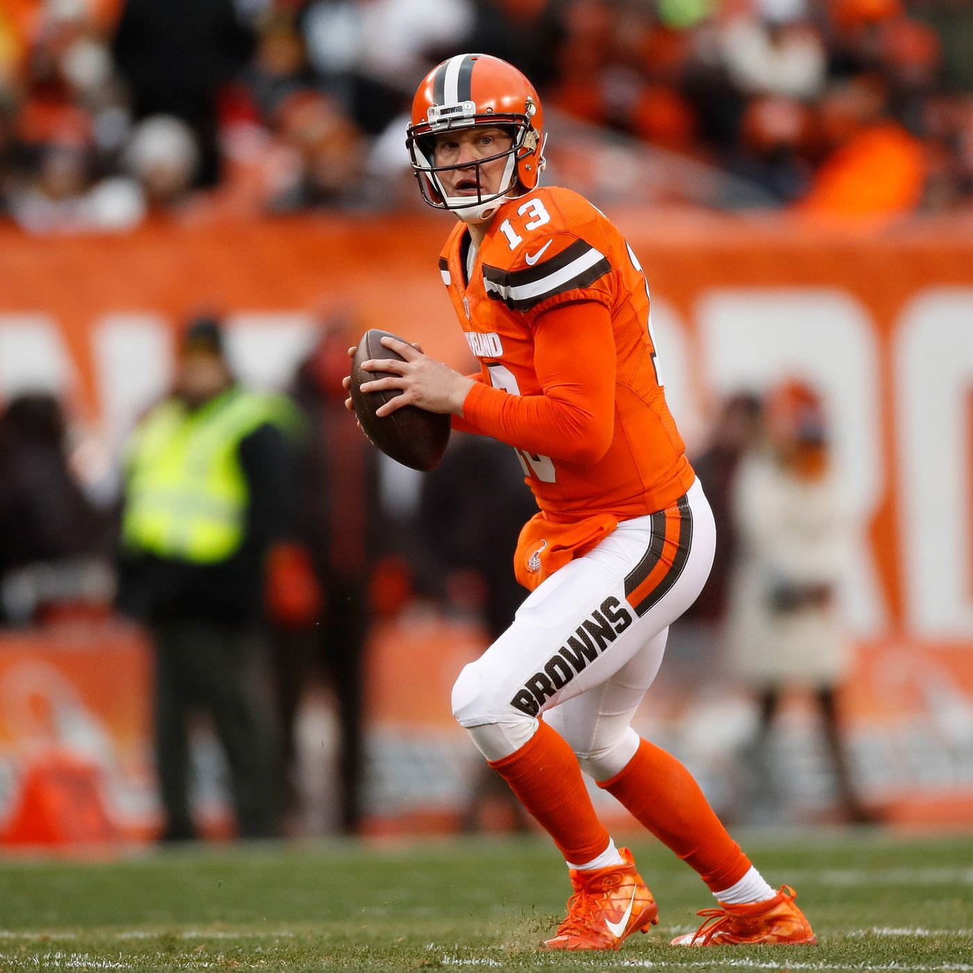 wholesale dealer f85c3 f582d Josh McCown will start for Browns after Cody Kessler suffers ...