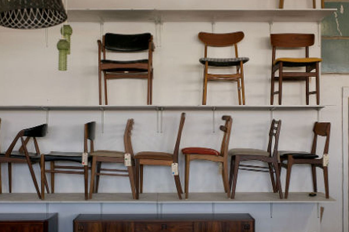 """Mid-century Danish furniture legs via <a href=""""http://www.flickr.com/photos/lazybonecafe/with/7186245876/"""">Lazybone Cafe</a>/<a href=""""http://www.flickr.com/groups/708420@N23/pool/with/7186245876/#photo_7186245876"""">Racked Flickr Pool</a>"""